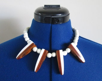 White and Brown Wood Vintage Spike Bead Necklace