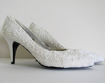 Vintage White Pearl-Covered Pumps, Size 7 AA