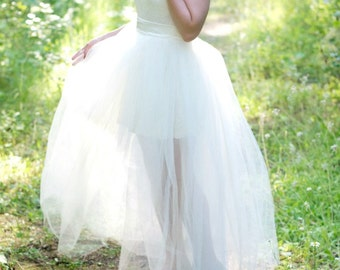 Detachable Floor Length Ballroom Tulle Skirt // Slight train, Extra Full, 5 Layers with Ribbon Sash