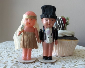 Antique Cake Topper - Flapper Bride and Groom, Authentic from 1920s, Vintage Glamour, Something Old, Wedding Accessory, Rehearsal Dinner