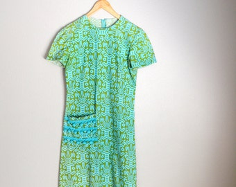 Vintage 60s Olive Green Turquoise Kneelength Shift Day Dress // size medium