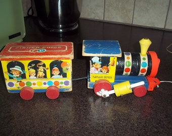Vintage 1962 Fisher Price #192 circus train set in working order!  REDUCED PRICE!