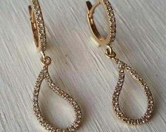 Paisley earrings, Diamond earrings, Paisley gold and diamonds earrings, Diamond dangle earrings, drop earrings, gold drop earrings,paisley .