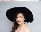 40% Off Vintage 1940s Hat - Sun Flare - Navy Cotton Forties Wide-Brim Ruffled Sun Hat