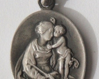 "Vintage Mother & Child Silver Medal Pendant Necklace on 18"" sterling silver rolo chain"