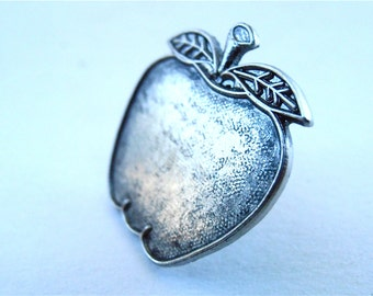 """Vintage Apple Silver Tone Pin Pewter Like Color Fruit Gray Grey Metal Kawaii Cute Metal 1"""" Inch Textured Fashion Accessory Villacollezione"""