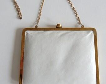 Vintage 1970s White Leather Summer Handbag Clutch Gold Chain Strap
