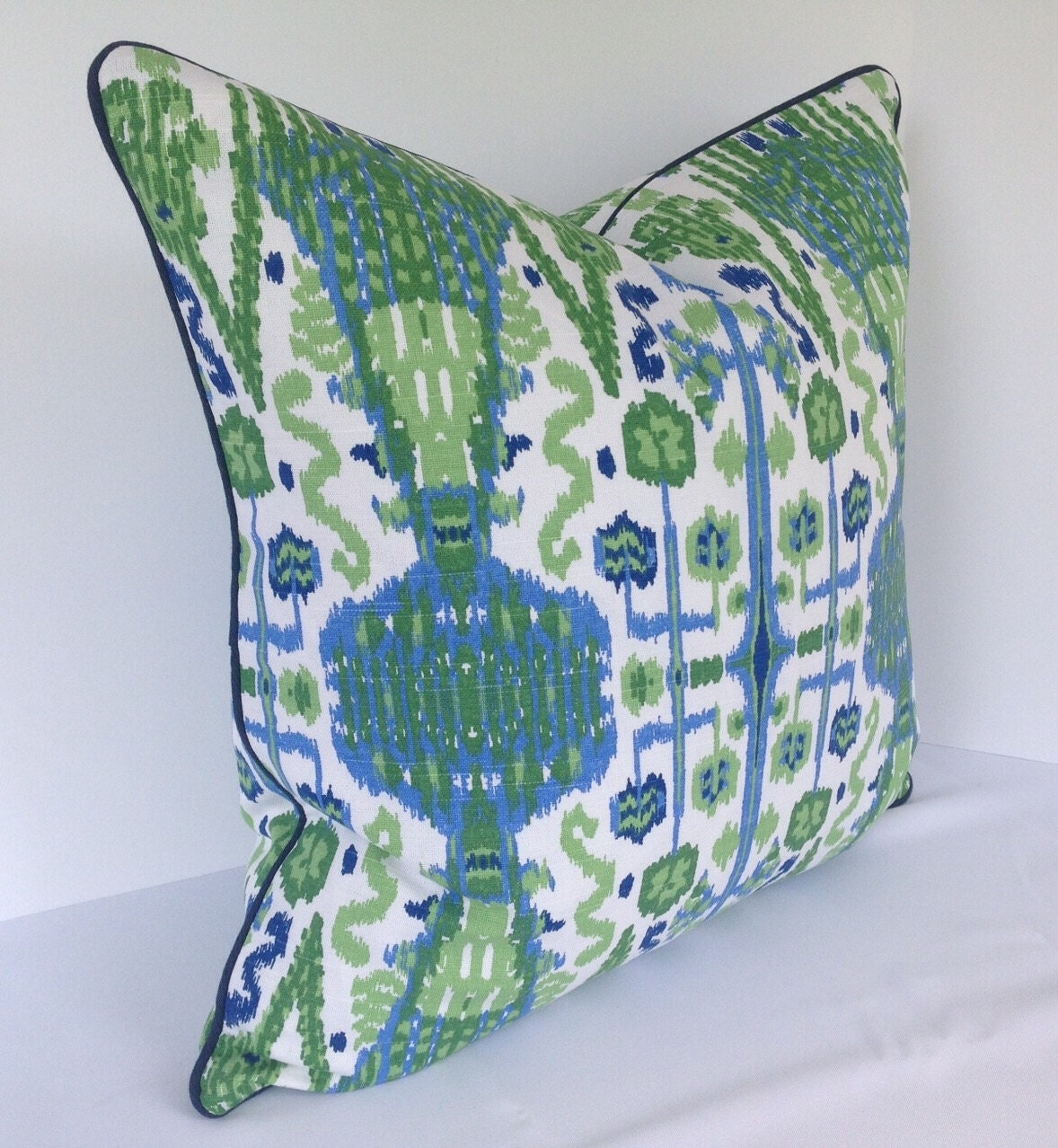 How To Make Decorative Pillows With Piping : Decorative Pillow Covers in Lacefield Bombay Ikat with Piping