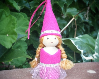 Peg Doll Princess - Peg People - Waldorf Peg Doll - Castle Dollhouse Peg Dolls - Pink