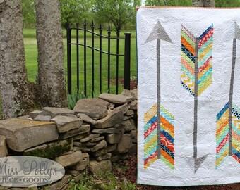 Baby Crib Bedding- Patchwork Quilt- Modern Quilt- Arrow Quilt- Custom Quilt