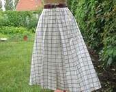 Cotton Skirt / Skirt Vintage / Size EUR 40 / UK12 / Full Skirt  / Black / White / Checkered / Tartan / Plaid / Pockets