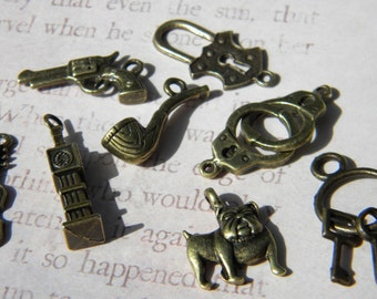 Loose SHERLOCK Holmes Charms Pipe Bulldog Violin Gun Handcuffs Keys Bronze Finish Choose Mixed or Not Love a Mystery