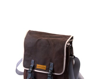 Dark brown / Commuter Pannier, waxed canvas bicycle bag