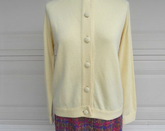 Vintage 50s Cashmere Sweater . YELLOW Pin Up Cardigan by Hadley . Size 40 Medium Large