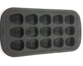 CLEARANCE 50% OFF SALE: Wilton Silicone Mold Used for Soap Making - Skulls for Halloween