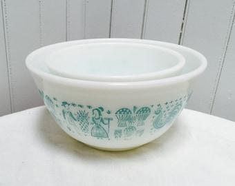 Vintage 1960s Butterprint Pyrex Bowls - 2