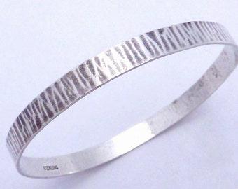 Vintage Hand Wrought Radial Hammered Sterling Silver Bangle Bracelet 20896