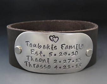 Personalized Leather Cuff Bracelet / Custom Family Bracelet / Children's Names Cuff / Anniversary Gifts / Valentines Day Gift / Family Cuff