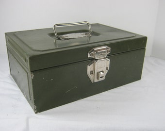 Vintage GREEN CASH BOX Steel Storage Utilco Security Metal