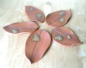 Natural Stoneware Ceramic Pottery Leaf Soap Dish Plate