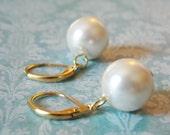 Single Pearl Earrings Pearl Drop Earrings Chunky Pearl Earrings Gold Earrings Ivory Pearl Simple Pearl Earrings Bridal Party Jewelry Ivory