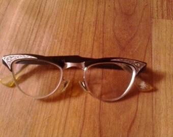 1950s American Optical catseye reading glasses