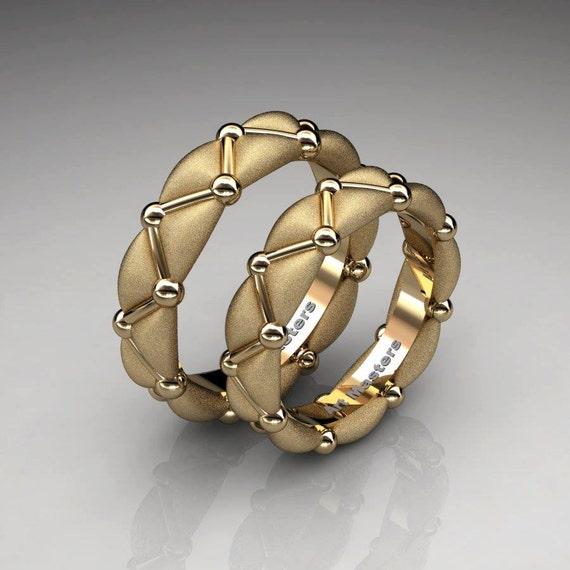 Italian Bands: Italian 14K Yellow Gold Designer Formal Infinity Wedding Band