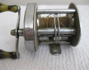 Vintage South Bend Smoothcast Direct Drive 790 Reel collectible ON SALE