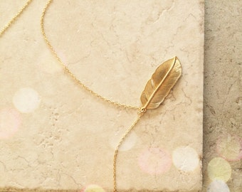 Feather Charm Necklace Jewelry Gold Feather Best Friends Jewelry Necklace Gold Charm Gold Necklace Gold Jewelry Limonbijoux