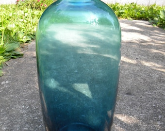 beautiful vintage thick heavy mid century blue DANISH MODERN 1960s early 70s blown glass vase POLISHED pontil