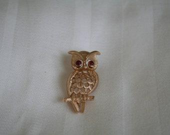 Wise Owl Avon Brooch