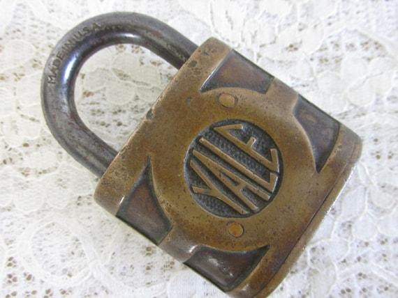 Vintage Yale Lock, heavy duty brass pad lock, robot supplies, DIY metal art, altered art supply, junk art supplies, Yale & Towne Mfg., 41sp