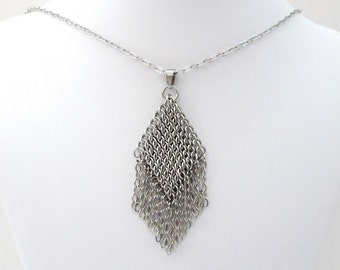 Chainmail pendant necklace, stainless steel chainmail jewelry for women, chainmail pendant