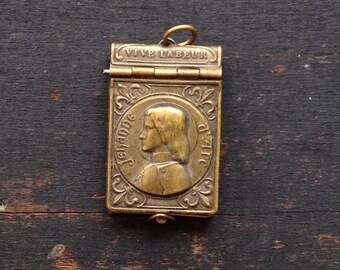 Joan of Arc (Jehanne D'Arc) Art Nouveau Souvenir Photo Album
