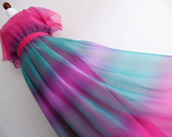 AURORA COLORS . S . Stunning Ombre Illusion Chiffon Beauitful Print . Maxi Dress S small  Tiers Tiered 1970s 70s Bohemian