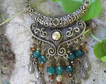 Antique Gold Tone Bib Style Necklace - Gypsy Necklace - Bohemian Necklace - Statement Necklace - Green Onyx Gemstones