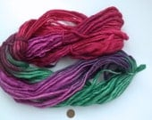 Clearance 52% Off Mohair-Wool Blend Dancing Handmade Thick Thin Yarn Manos Artesanas ##3196 - Camp de Fresas / 4.5oz/130g