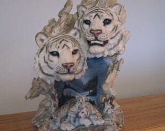 Vintage tiger statue lamp.  Figurine.  Polyresin.