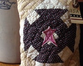 Americana Primitive Decor~ Olde Quilt Prim Pillow Tuck~ USA~Vintage quilt~ primitive country decor~ star~ Fourth of July