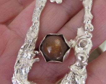 Flower Sunstone pendant - Large Silver pendant - Contemporary jewelery - Reticulated pendant