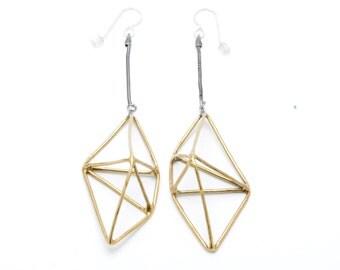 framed geo shape earrings - brass