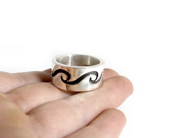 Surf Ring - Wave Ring - Rolling Waves Ring - Unisex Wave Ring - Ocean Ring - Surfers Ring - Wide Wave Ring - Infinity Wave Ring - Cigar Band