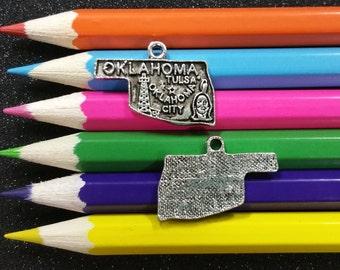 10 PCS - Oklahoma United State Map Silver Charm Pendant C0337