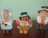 Pilgrim Couple, Turkey, fall, Thanksgiving, handpainted, shelf sitter