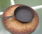 Chicago Hardware Foundry Co. skillet