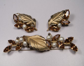 50s Napier Jewelry Set Vintage, Classic Elegant Signed, Topaz Rhinestones, Faux Pearls
