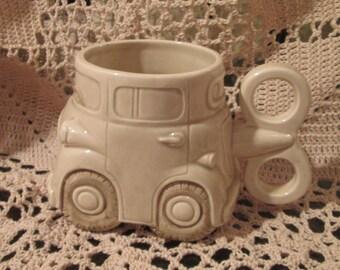 VIntage 1978 Fitz & Floyd Auto Mug