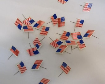 Lot of 24 Vintage American Flag 4th of July Pins Hard Plastic T4