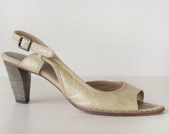 CoSTUME NATIONAL gold beige leather mid heel sandals shoes 8.5