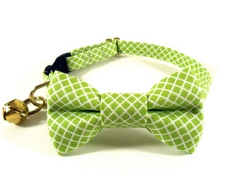 Cat / Small Dog Bow Tie Collar, Crisscross in Lime / Black / Pink